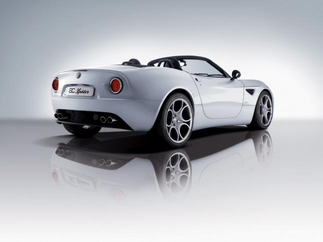 2008-Alfa-Romeo-8C