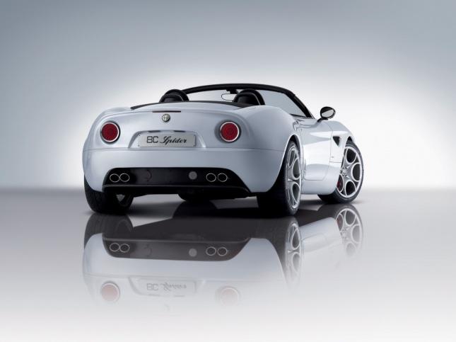 2008-Alfa-Romeo-8C-Spider